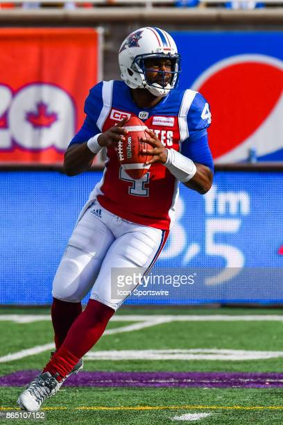 Montreal Alouettes quarterback Darian Durant ready to pass the ball during the Hamilton TigerCats versus the Montreal Alouettes game on October 22 at...