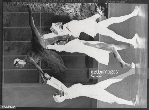 Ron Reagan Jr the son of US President Ronald Reagan takes part in a scene from the ballet Christmas during its taping at the CBC studios here Reagan...