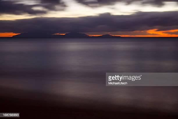 Montserrat após o pôr-do-sol