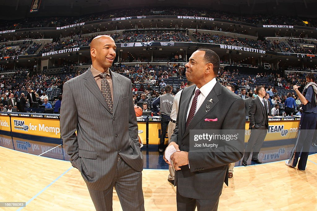 <a gi-track='captionPersonalityLinkClicked' href=/galleries/search?phrase=Monty+Williams&family=editorial&specificpeople=220489 ng-click='$event.stopPropagation()'>Monty Williams</a>, Head Coach of the New Orleans Hornets shares a word with <a gi-track='captionPersonalityLinkClicked' href=/galleries/search?phrase=Lionel+Hollins&family=editorial&specificpeople=228995 ng-click='$event.stopPropagation()'>Lionel Hollins</a>, Head Coach of the Memphis Grizzlies before their game on March 9, 2013 at FedExForum in Memphis, Tennessee.