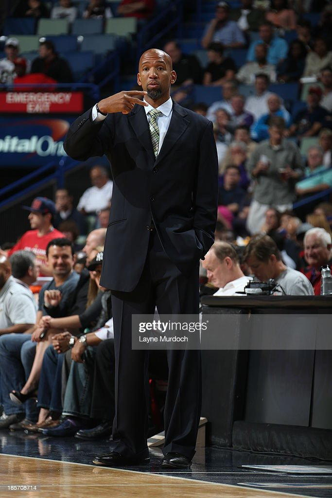 <a gi-track='captionPersonalityLinkClicked' href=/galleries/search?phrase=Monty+Williams&family=editorial&specificpeople=220489 ng-click='$event.stopPropagation()'>Monty Williams</a> of the New Orleans Pelicans coaches against the Miami Heat during an NBA preseason game on April 14, 2013 at the New Orleans Arena in New Orleans, Louisiana.