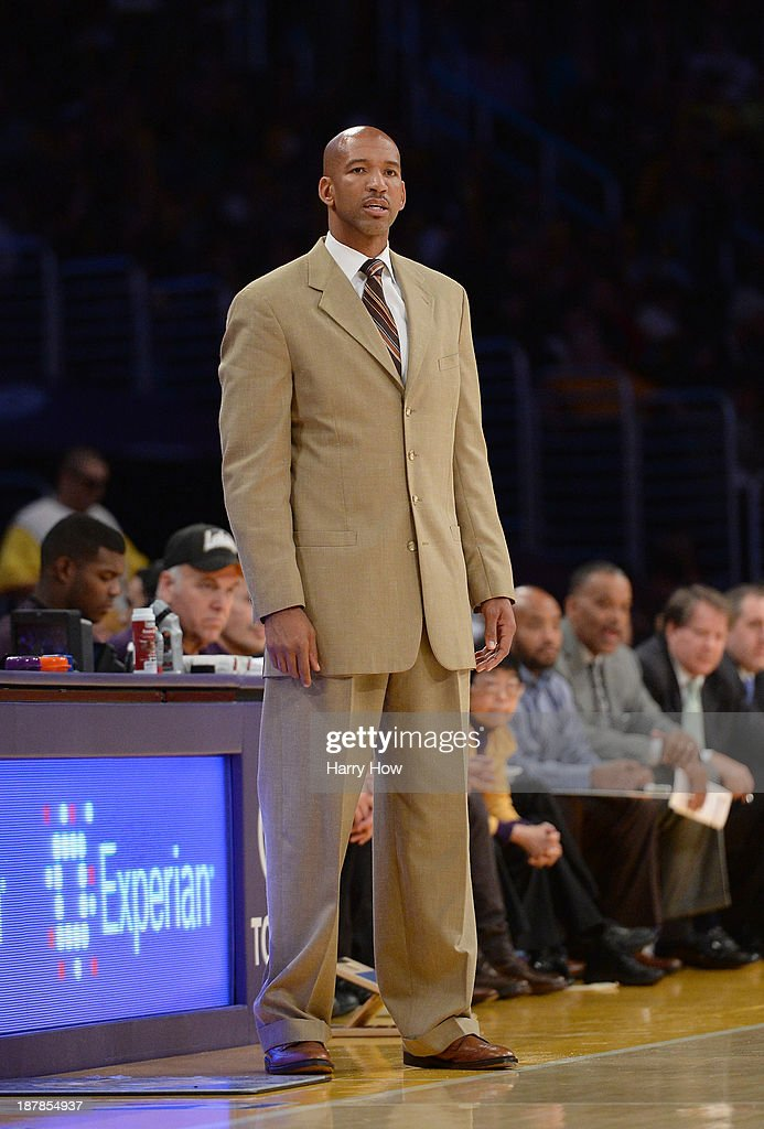 Monty Williams of the New Orleans Pelicans watches play from the sidelines during the game against the Los Angeles Lakers at Staples Center on November 12, 2013 in Los Angeles, California.