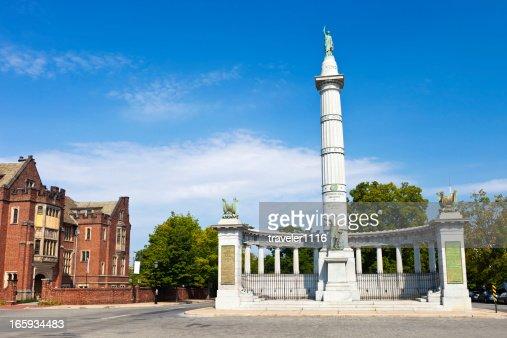 Monument Avenue In Richmond, Virginia