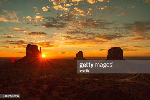 Monument Valley on the border between Arizona and Utah : Stock Photo