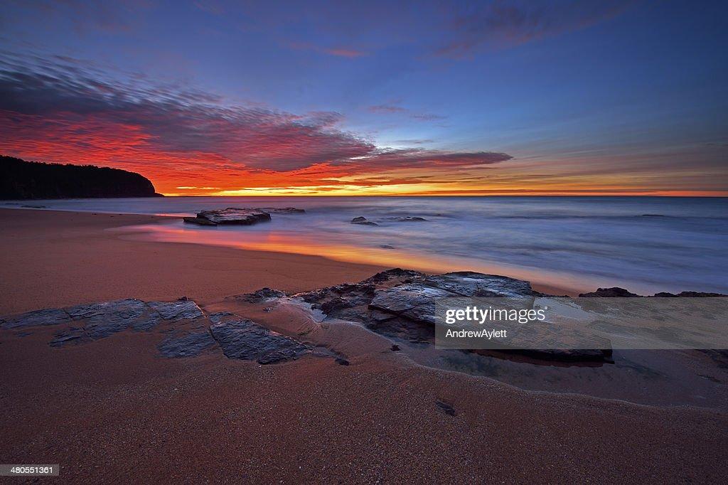 moody nascer do sol : Foto de stock