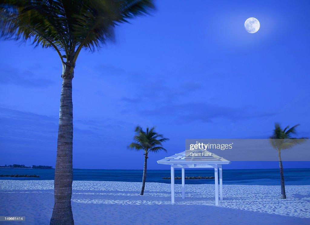 Moonrise over beach at night, Nassau : Stock Photo