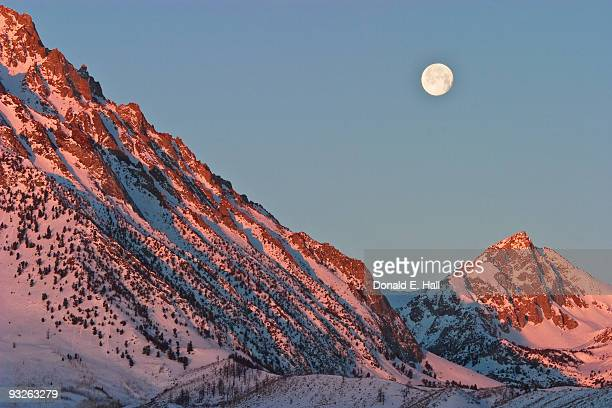 Moonset From the Buttermilks