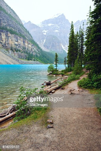 Moraine Lake in Banff National Park - Canada : Stock Photo