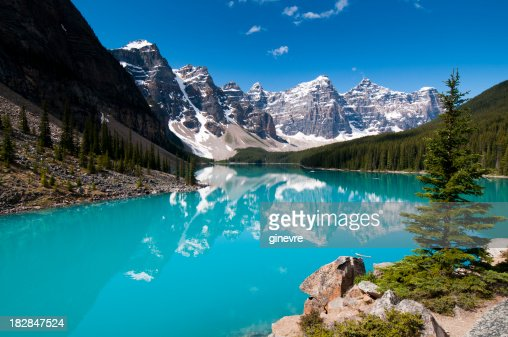 Moraine Lake - summer colours
