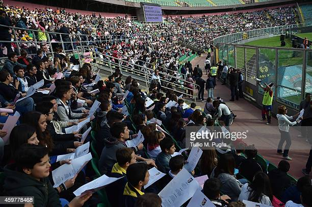 More than 5000 students of Elementary and Middle School attend a US citta di Palermo training session at Renzo Barbera stadium on December 1 2014 in...
