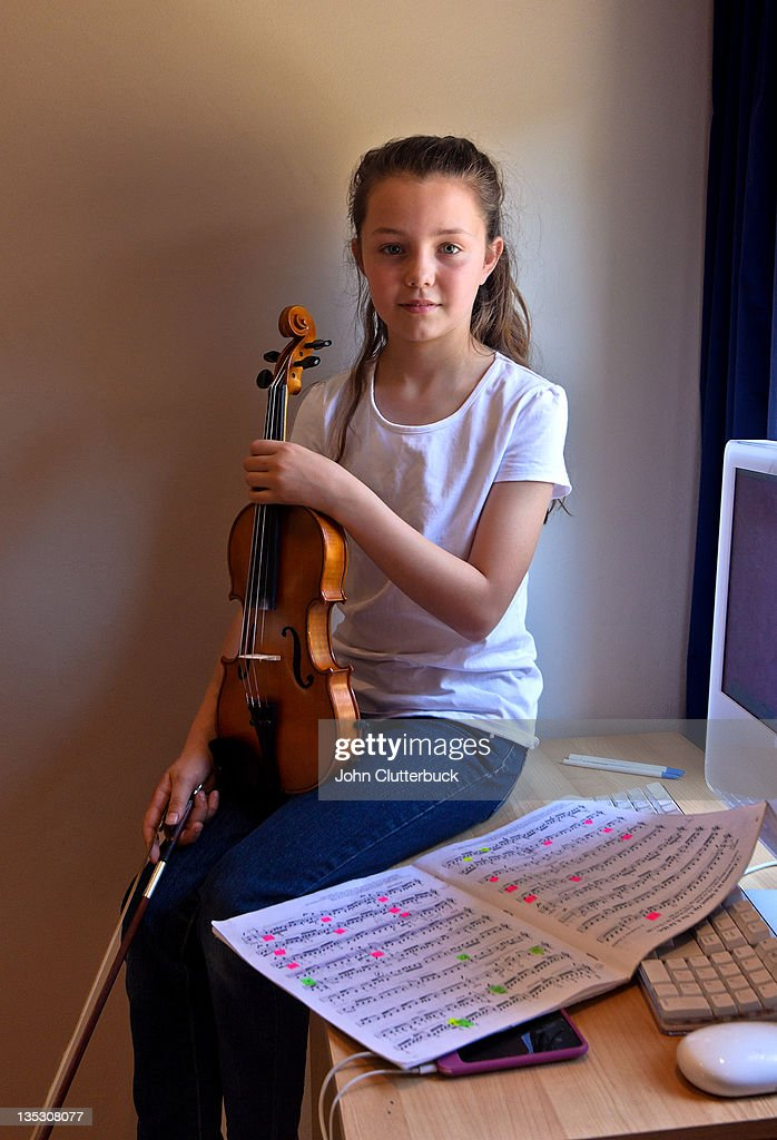 More Violin Practice : Foto de stock