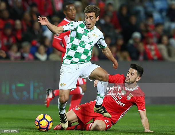 Moreirense's midfielder Francisco Geraldes with SL Benfica's midfielder Pizzi in action during Portuguese League Cup Semi Final match between SL...