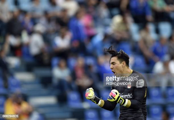 Morelia´s goalkeeper Carlos Rodriguez celebrates the goal of his teammate Raul Ruidiaz against Morelia during their match for the Mexican Clausura...