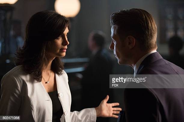 Morena Baccarin and Ben McKenzie in the Rise of the Villains Tonights the Night episode of GOTHAM airing Monday Nov 9 on FOX
