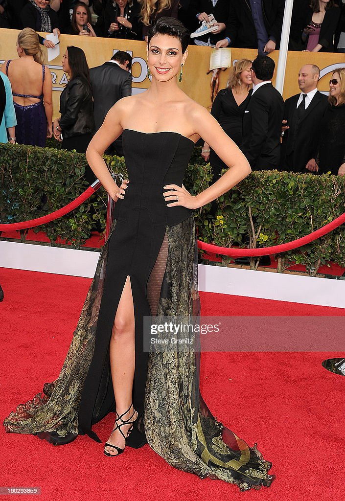Morena Baccarin arrives at the 19th Annual Screen Actors Guild Awards at The Shrine Auditorium on January 27, 2013 in Los Angeles, California.