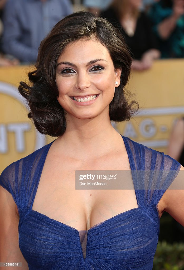Morena Baccarin arrives at the 20th Annual Screen Actors Guild Awards at the Shrine Auditorium on January 18, 2014 in Los Angeles, California.