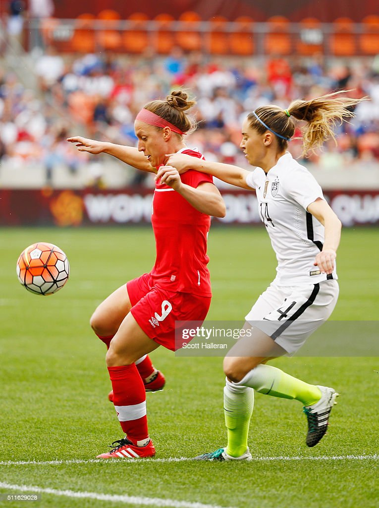 Fort Morgan (CO) United States  city photos : Morgan Brian #14 of the United States battles for the ball with Josee ...