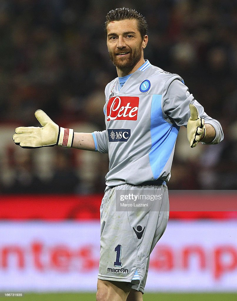 Morgan De Sanctis of SSC Napoli looks on during the Serie A match between AC Milan and SSC Napoli at San Siro Stadium on April 14, 2013 in Milan, Italy.