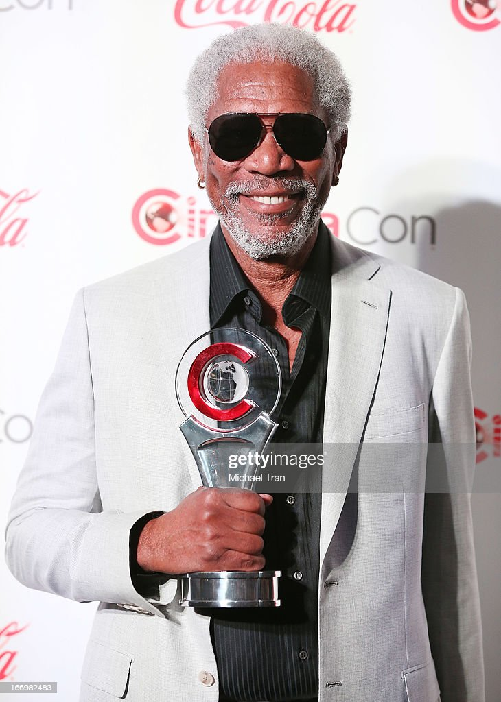 <a gi-track='captionPersonalityLinkClicked' href=/galleries/search?phrase=Morgan+Freeman&family=editorial&specificpeople=169833 ng-click='$event.stopPropagation()'>Morgan Freeman</a> accepts the award for 'Cinema Icon Award' at the CinemaCon 2013 Big Screen Achievement Awards held at Caesars Palace during CinemaCon, the official convention of the National Association of Theatre Owners on April 18, 2013 in Las Vegas, Nevada.