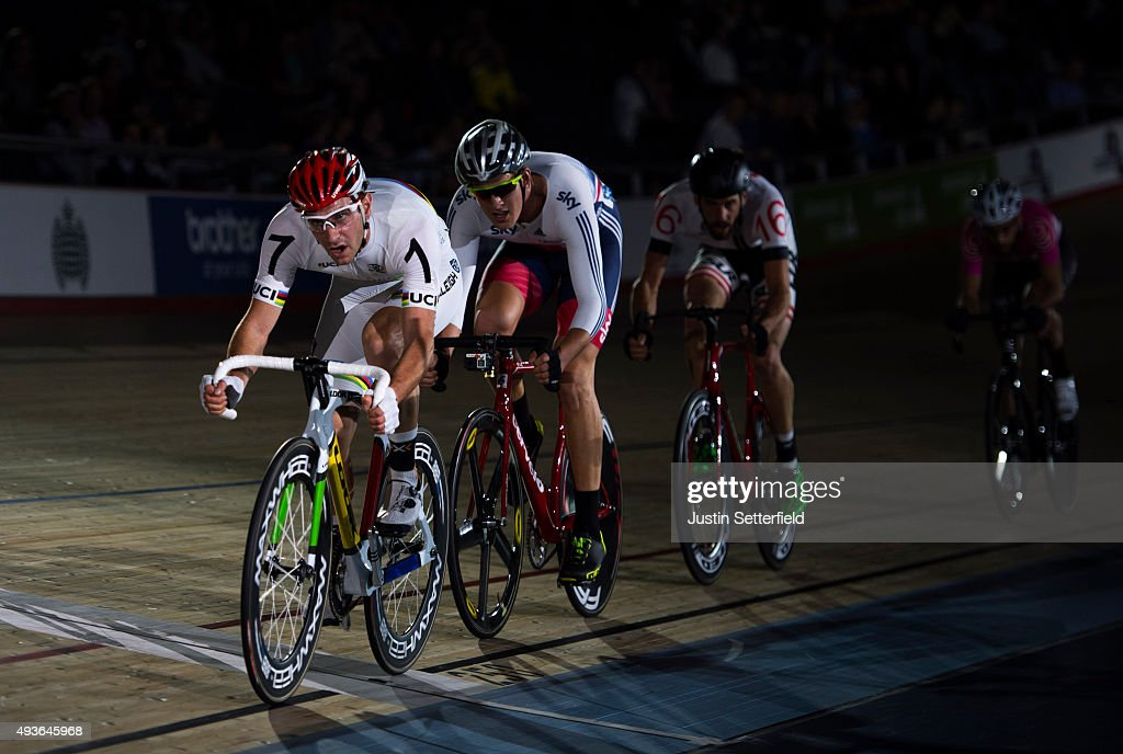 <a gi-track='captionPersonalityLinkClicked' href=/galleries/search?phrase=Morgan+Kneisky&family=editorial&specificpeople=5778074 ng-click='$event.stopPropagation()'>Morgan Kneisky</a> of France during the final chase during day four of the London Six Day Race at the Lee Valley Velopark on October 21, 2015 in London, England.