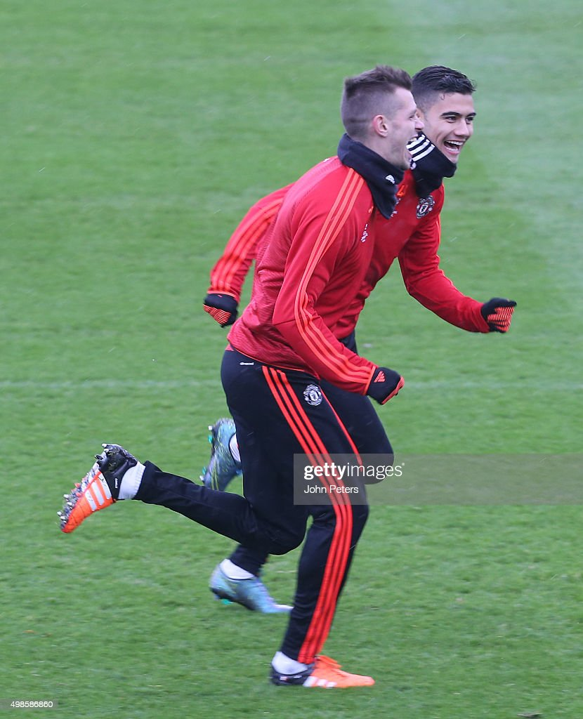 manchester united and psv training session uefa champions league getty images. Black Bedroom Furniture Sets. Home Design Ideas