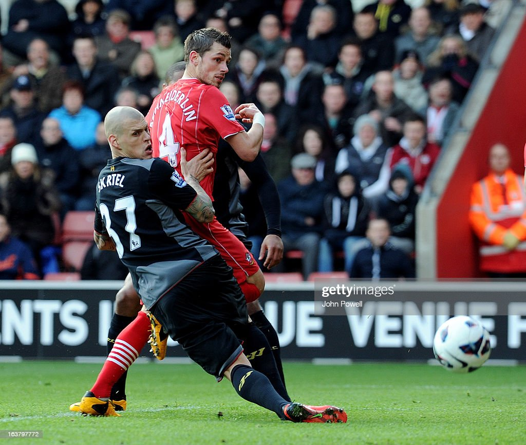 Morgan Schneiderlin of Southampton scores the opening goal during the Barclays Premier League match between Southampton and Liverpool at St Mary's Stadium on March 16, 2013 in Southampton, England.