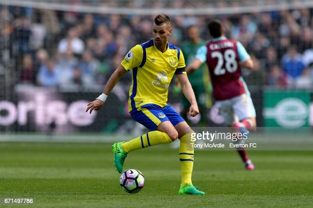 Morgan Schneiderlin on the ball during the Premier League match between West Ham United and Everton at London Stadium on April 22 2017 in Stratford...