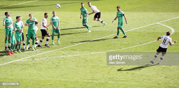Moritz Kuhn of Sandhausen shoots a freekick during the Second Bundesliga match between SV Sandhausen and SpVgg Greuther Fuerth at Hardtwaldstadion on...
