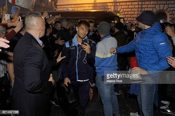 ROME ITALY NOVEMBER 04 Moritz Leiner of SS Lazio is welcomed by fans of SS Lazio before departure by train to Naples ahead of the Serie A match...