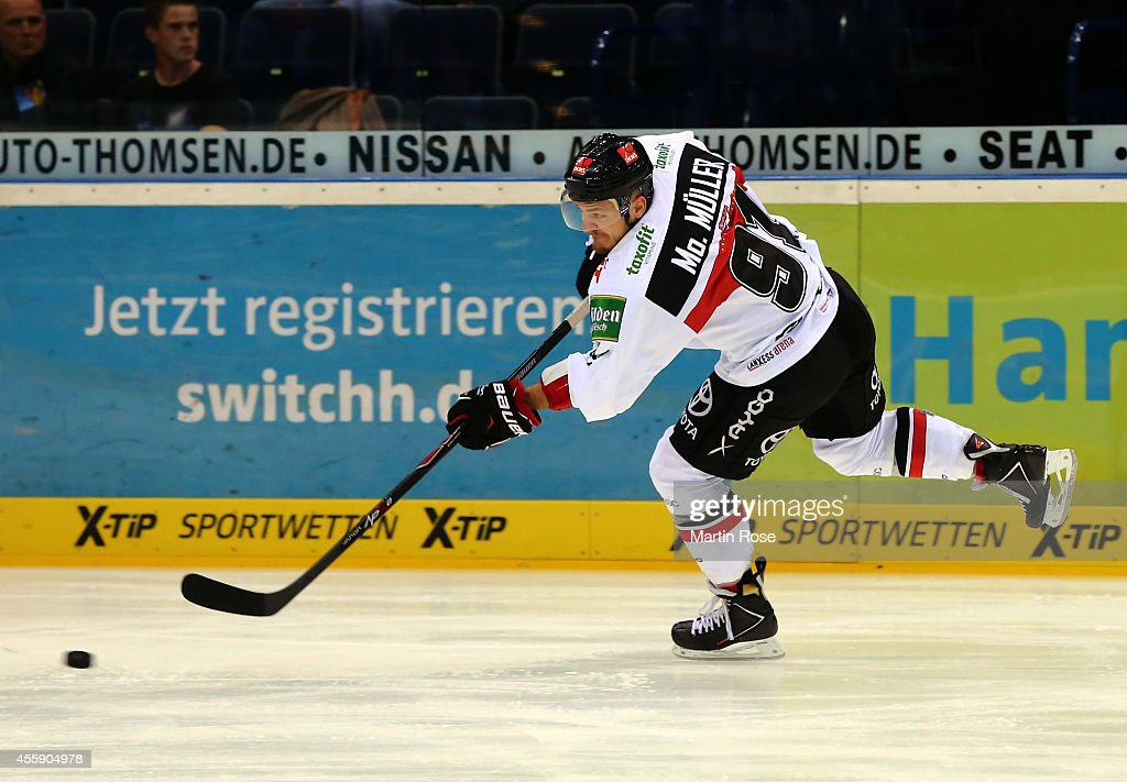 <a gi-track='captionPersonalityLinkClicked' href=/galleries/search?phrase=Moritz+Mueller&family=editorial&specificpeople=853045 ng-click='$event.stopPropagation()'>Moritz Mueller</a> of Koelner Haie skates against the Hamburg Freezers during the DEL game between Hamburg Freezers and Koelner Haie at O2 World on September 21, 2014 in Hamburg, Germany.