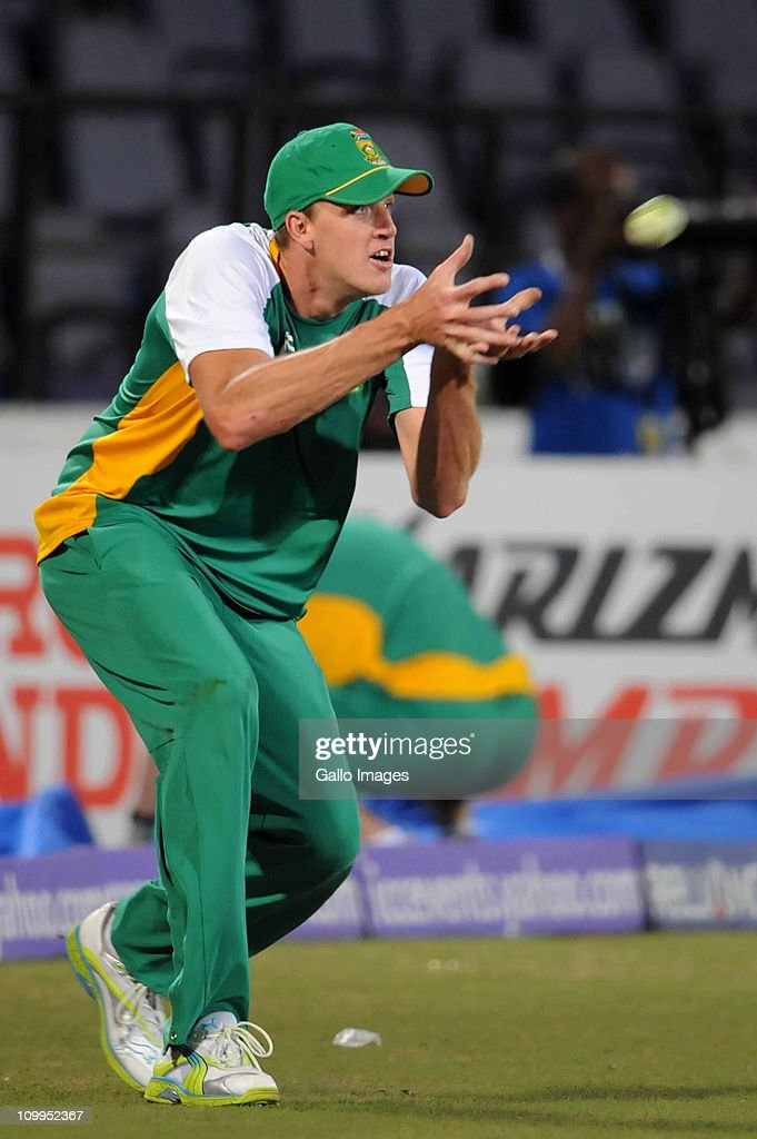 <a gi-track='captionPersonalityLinkClicked' href=/galleries/search?phrase=Morne+Morkel&family=editorial&specificpeople=4064354 ng-click='$event.stopPropagation()'>Morne Morkel</a> of South Africa catches a ball during fielding practice at a Proteas nets session at VCA Stadium on March 11, 2011 in Nagpur, India.