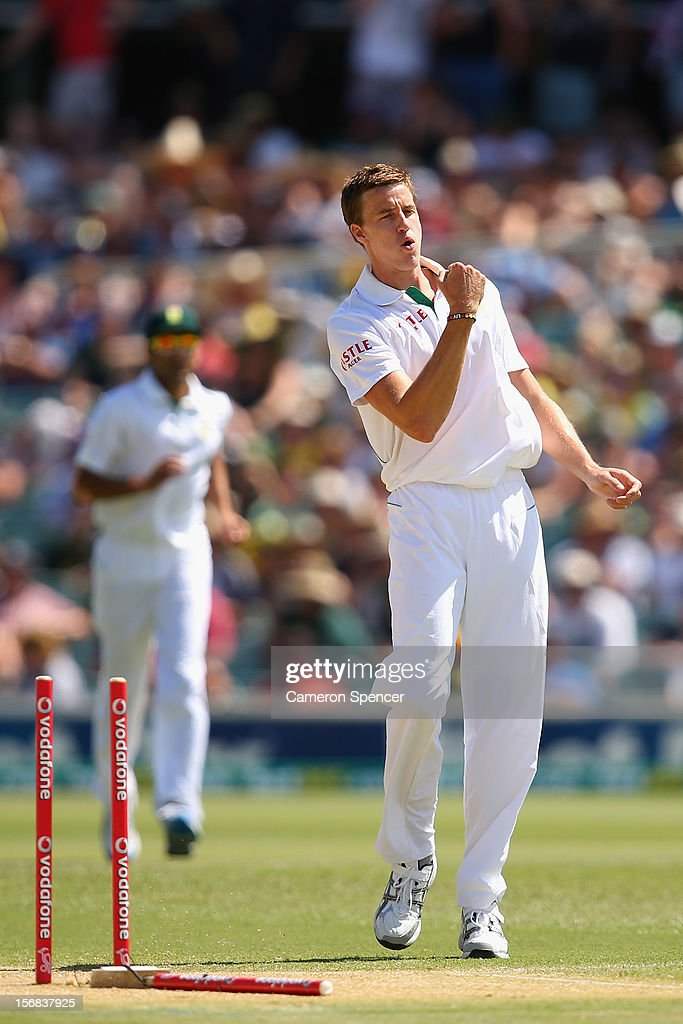 <a gi-track='captionPersonalityLinkClicked' href=/galleries/search?phrase=Morne+Morkel&family=editorial&specificpeople=4064354 ng-click='$event.stopPropagation()'>Morne Morkel</a> of South Africa celebrates taking the wicket of Australian captain Michael Clarke during day two of the Second Test match between Australia and South Africa at Adelaide Oval on November 23, 2012 in Adelaide, Australia.