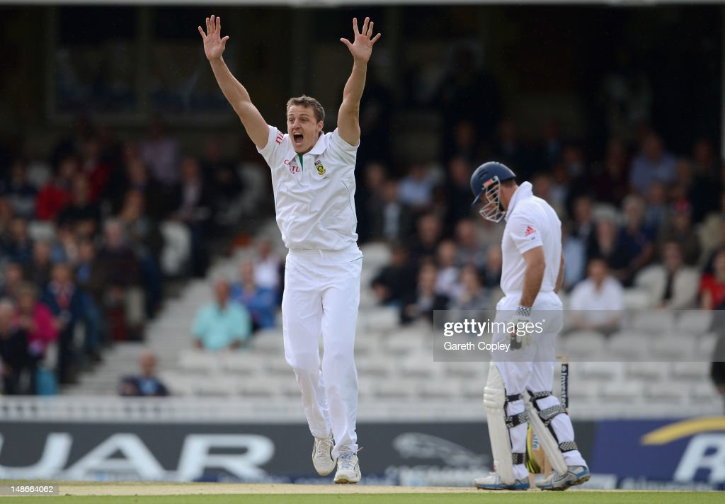 Morne Morkel of South Africa successfully appeals for the wicket of England captain Andrew Strauss during day one of the 1st Investec Test match between England and South Africa at The Kia Oval on July 19, 2012 in London, England.