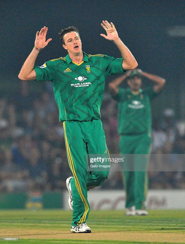 <a gi-track='captionPersonalityLinkClicked' href=/galleries/search?phrase=Morne+Morkel&family=editorial&specificpeople=4064354 ng-click='$event.stopPropagation()'>Morne Morkel</a> of South Africa throws his hands in the air during the 2nd T20 match between South Africa and New Zealand at Buffalo Park on December 23, 2012 in East London, South Africa.