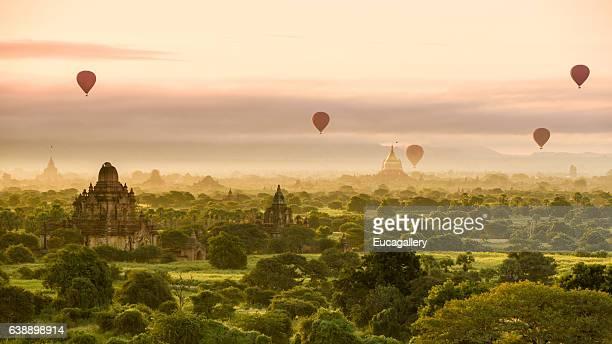 Morning at Bagan with hot air balloons