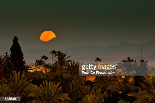 Moroccan moonrise