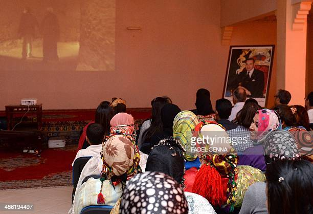 Moroccans watch a movie by FrenchMoroccan director Kamal Hachkar about the Jews of Morocco entitled 'Tinghir Jerusalem les Echos du Mellah' at a...