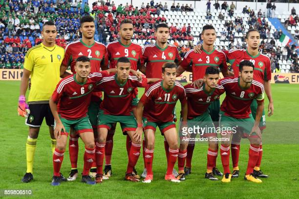 Morocco's team pose prior before the international friendly match between Italy U21 and Morocco U21 at Stadio Paolo Mazza on October 10 2017 in...