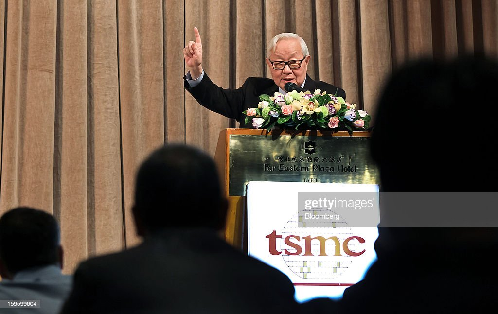 Morris Chang, chairman and chief executive officer of Taiwan Semiconductor Manufacturing Co. (TSMC), gestures as he speaks during a news conference in Taipei, Taiwan, on Thursday, Jan. 17, 2013. Taiwan Semiconductor Manufacturing Co., the world's largest contract producer of chips, forecast sales surpassing analysts' estimates as demand for components used in phones and tablets continues to outstrip expectations. Photographer: Maurice Tsai/Bloomberg via Getty Images