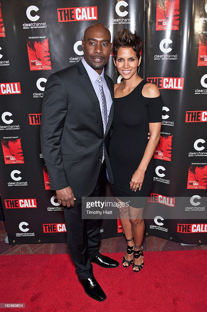 <a gi-track='captionPersonalityLinkClicked' href=/galleries/search?phrase=Morris+Chestnut&family=editorial&specificpeople=707699 ng-click='$event.stopPropagation()'>Morris Chestnut</a> and <a gi-track='captionPersonalityLinkClicked' href=/galleries/search?phrase=Halle+Berry&family=editorial&specificpeople=201726 ng-click='$event.stopPropagation()'>Halle Berry</a> attend 'The Call' premiere at Showplace Icon Theater on February 28, 2013 in Chicago, Illinois.