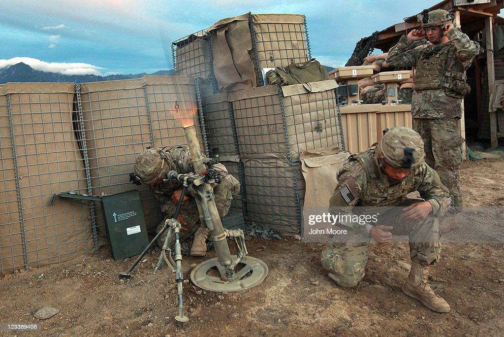 mortar-men-from-the-us-army-227th-infant