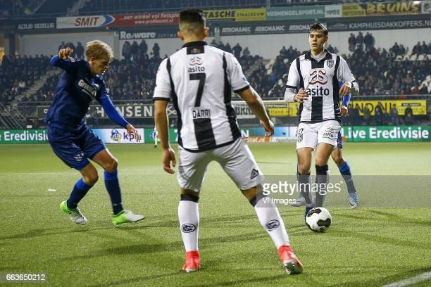Morten Thorsby of Heerenveen Brahim Darri of Heracles Almelo Justin Hoogma of Heracles Almeloduring the Dutch Eredivisie match between Heracles...