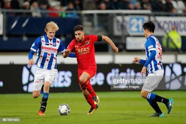Morten Thorsby of SC Heerenveen Alireza Jahanbakhsh of AZ Alkmaar Yuki Kobayashi of SC Heerenveen during the Dutch Eredivisie match between SC...