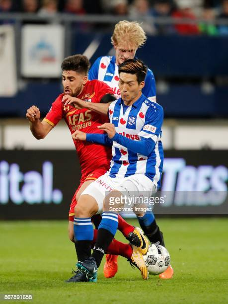 Morten Thorsby of SC Heerenveen Alireza Jahanbakhsh of AZ Alkmaar Yuki Kobayashi of SC Heerenveen during the Dutch Eredivisie match between SC...