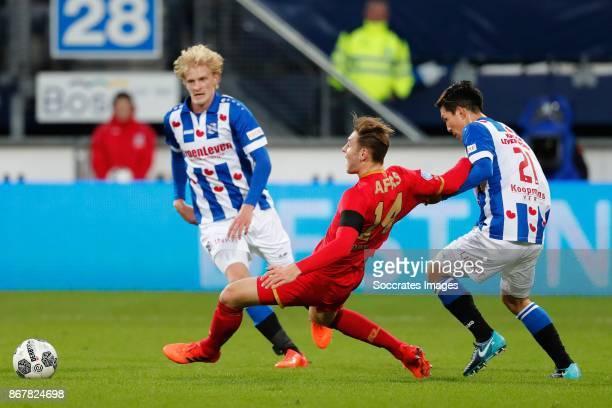 *Morten Thorsby* of SC Heerenveen *Teun Koopmeiners* of AZ Alkmaar *Yuki Kobayashi* of SC Heerenveen during the Dutch Eredivisie match between SC...