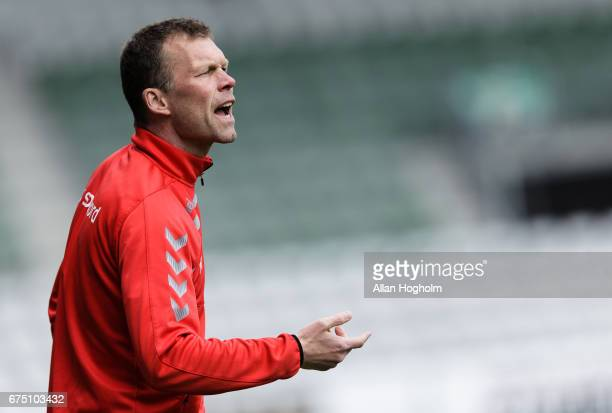 Morten Wieghorst head coach of AaB Aalborg in action during the Danish Alka Superliga match between Viborg FF and AaB Aalborg at Energi Viborg Arena...