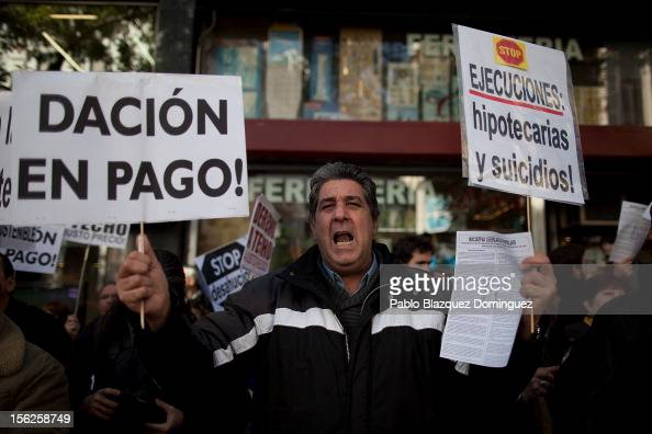 Mortgage Victim Platform member Carlos Sedano a 57 yearold unemployed man from Spain duruing a protest against evictions outside the PP headquarters...