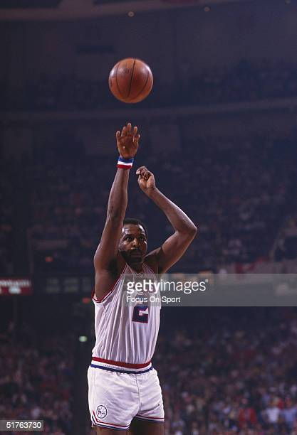 Moses Malone of the Philadelphia 76ers throws for a basket during the 1983 NBA Championship against the Los Angeles Lakers
