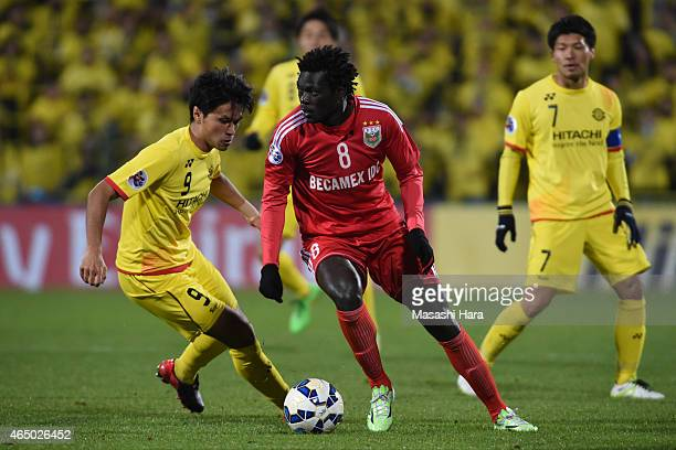 Moses Oloya of Binh Duong in action during the AFC Champions League Group E match between Kashiwa Reysol and Binh Duong at Hitachi Kashiwa Soccer...