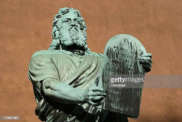 Moses avec commandements